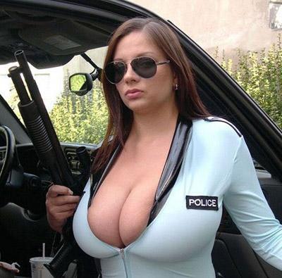 busty-policewoman